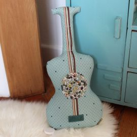 Guitare musicale pois turquoise